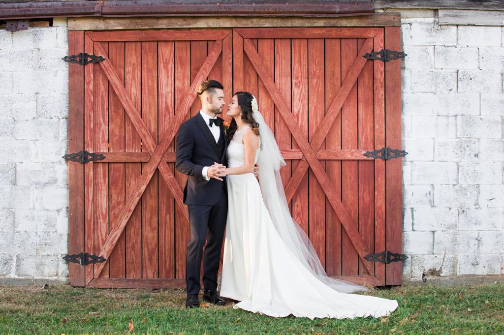 Victoria & Joey's Fairview Farm Wedding
