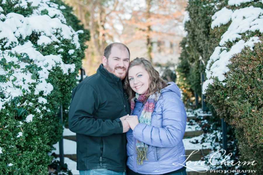 Amber & Andrew's Snowy Engagement Session